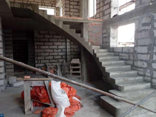 Монолитная бетонная лестница в Новосибирске