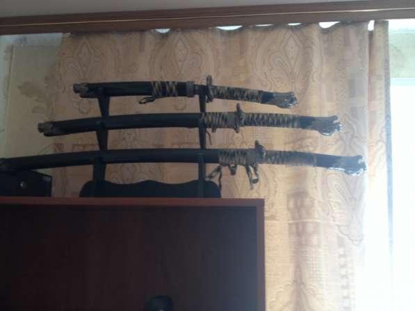 Продам сувенирный набор японских мечей из 3 шт