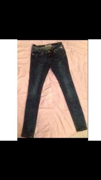 Продаю новые джинсы 28 размера