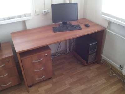 Рабочий стол + запираемая тумбочка ДАР Мебель 6006 + 6021