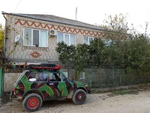 Меняю 2х эт дом в 25 км от моря на квартиру
