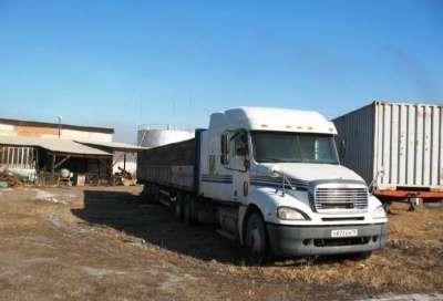 седельный тягач Freightliner Columbia