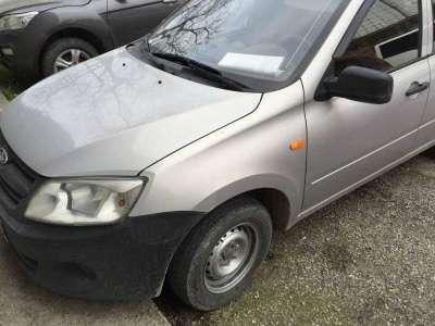 автомобиль ВАЗ 2190 Granta