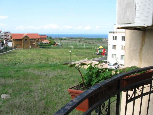 Продаю 2 к. квартиру с видом на море Болгария, г. Черноморец в фото 12