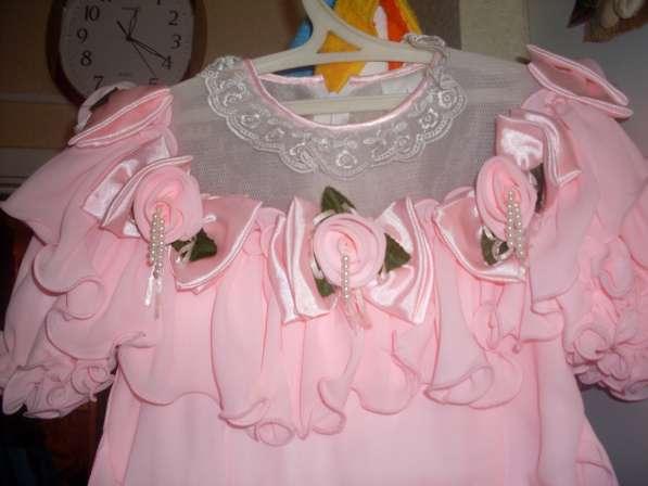 Детское праздничное розовое платье на девочку 6-8 лет