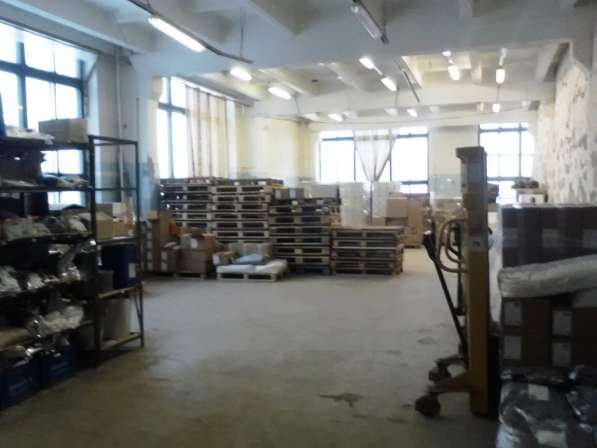 Сдам производство, склад, 135 кв. м, м. Елизаровская