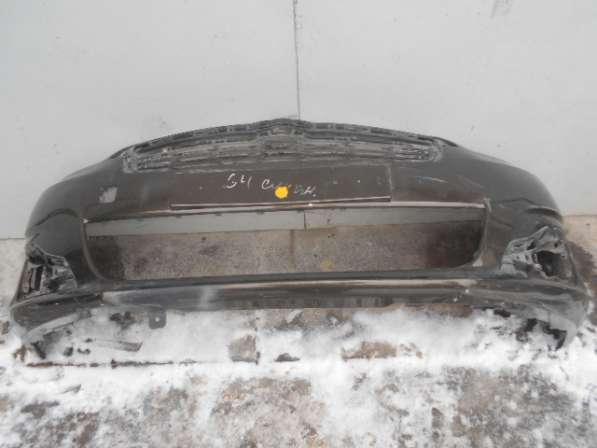 Бампер передний с решеткой на Citroen C4