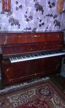 Пианино с клавесином,в идеальном состоянии