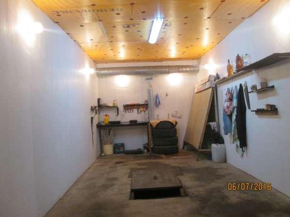 Продам подземный гараж с подвалом. 9 мк. р-н. Собственник