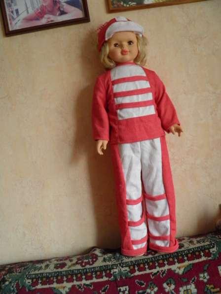 Шикарную большую куклу в отличном состоянии в Анапе фото 4