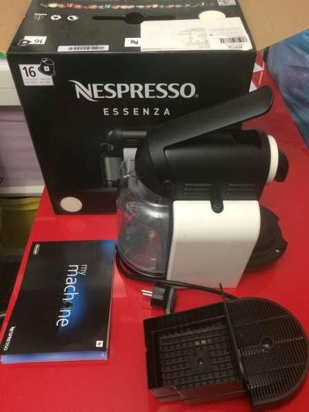 Кофе машина Nespresso Essenza