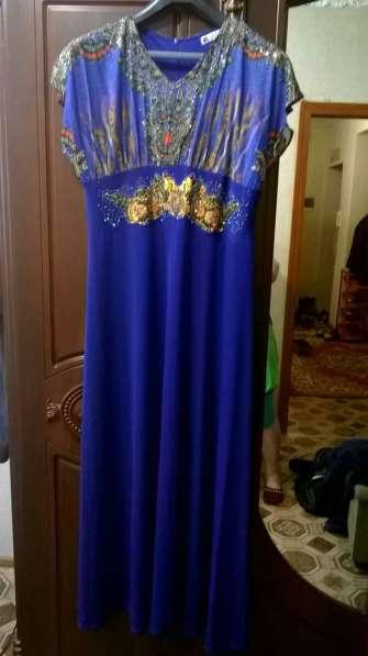 Платье вечернее, цвет индиго
