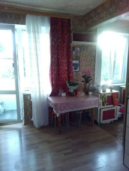 Продаю 2 комнатную район Политеха 1850