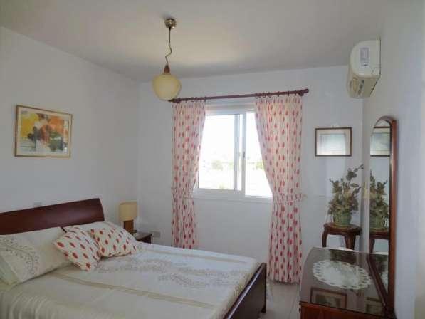 Трехкомнатный апартамент рядом с удобствами в Пафосе-Кипра в Москве