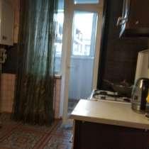 Продам 2 комнатную на Шевченко ремонт агв, в Севастополе