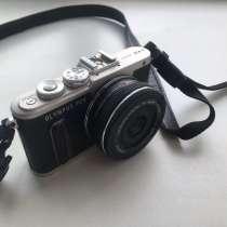 Olympus PEN E-PL8 14-42mm, в Москве