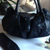 Красивая, удобная и вместительная сумка Италия, в Москве