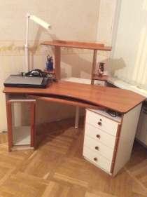 Компьютерный стол б/у, в хорошем состоянии. Суперсрочно!, в Санкт-Петербурге