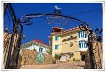 Круглогодичный отель Воробьиное гнездо в Судаке, ул. Консул, в г.Судак