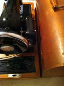 Швейная машина с электрической педалью. Науман 14, в г.Киев