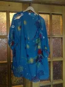 Продаю блузку 62размер Франция новая шёлк, в Волгограде