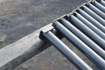 Металлические столбы, в Брянске