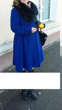 Пальто демисезонное василькового цвета, в Перми