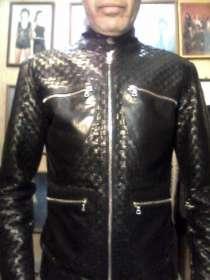 Продаю куртку кожаную мужскую, плетёную из телячьей кожи, в Барнауле