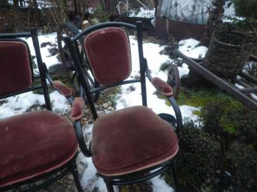 Старинный диван и два кресла в Москве Фото 5