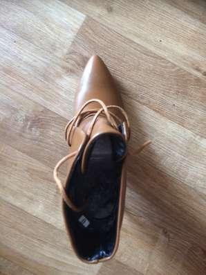 Ботинки женские новые р-р 38 корричневые