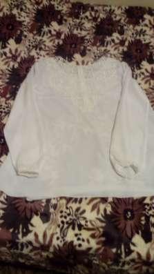 Блузка белая 44-46 размер