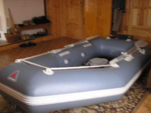Продам лодку из ПВХ Юкона