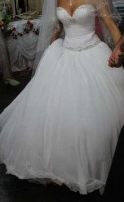 шикарное свадебное платье в Ростове-на-Дону Фото 1