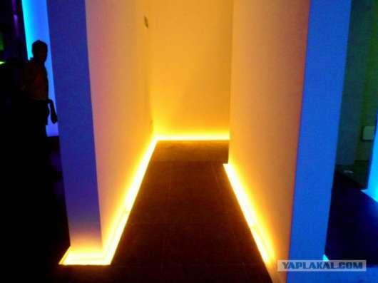 RGB-подсветка плинтусов лентой 60 SLT 5050
