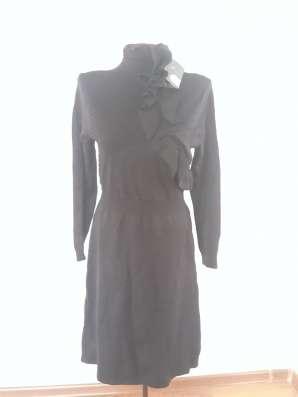 Платья с рюшами зимние, теплые