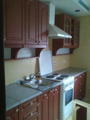 Сдам однокомнатную квартиру в Ворошиловском р-не. 5500 руб
