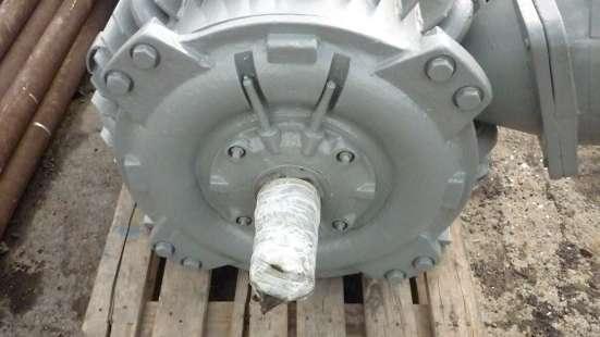 Продам электродвигатель:ВАО2-315М4.