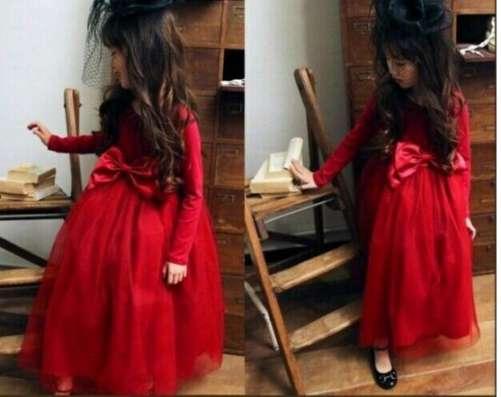Нарядное яркое платье для девочек на рост 140см в Санкт-Петербурге Фото 1