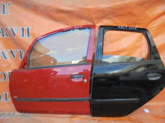 митсубиси кольт 2005 дверы передний задннй  левый всборе