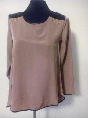 Блузка коричневая