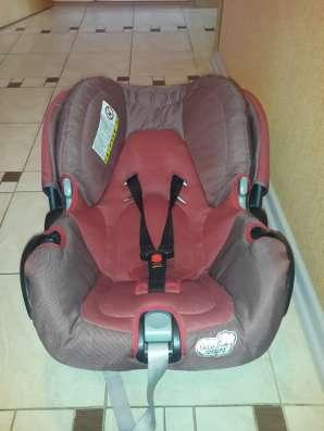 Автомобильное детское кресло Bebe confort creatis fix