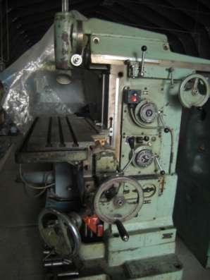 Станок универсально-фрезерный СФ 676 1991г(250х800) из НИИ