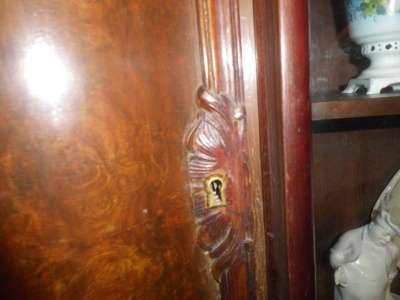 Старинный буфет в Москве Фото 2