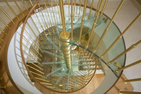 Стеклянные перила для лестниц, лестницы в г. Караганда Фото 3