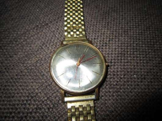 Часы Луч 1809