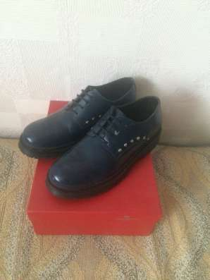 Продается женская одежда и обувь