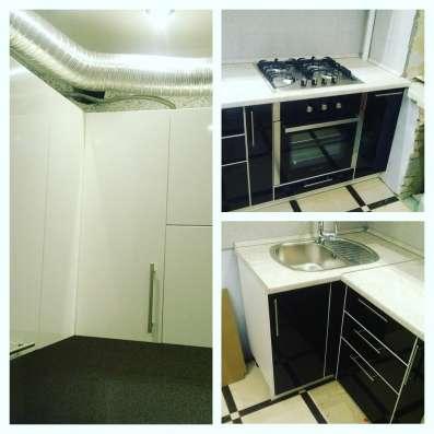 Кухня на заказ по индивидуальному проекту сидя дома