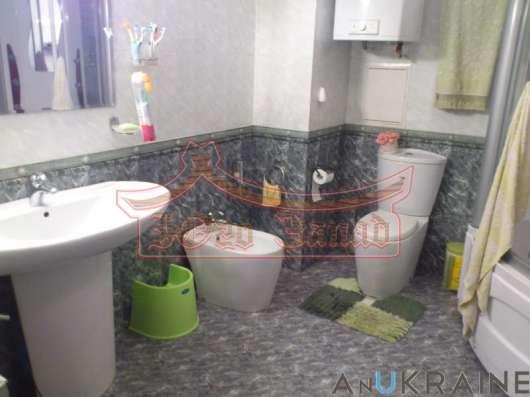 Трёхкомнатная квартира с ремонтом на Таирова
