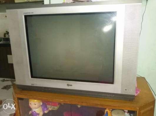 Телевизор LG RT-34FB11RB