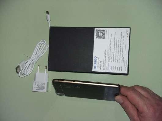 Мобильный телефон в г. Баден Фото 1